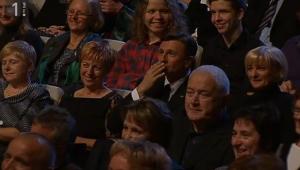 Prifarci Pahor pošilja poljub
