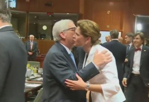 Juncker Bratušek poljub