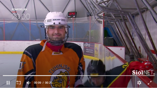 Hokejist Tonin 1